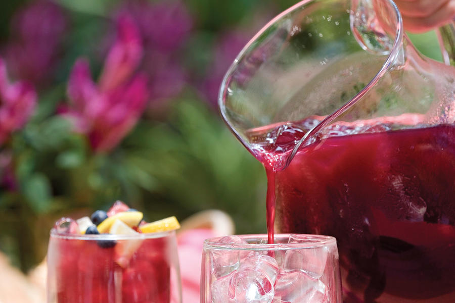 Fresh Blueberry Recipes: Blueberry-Lemon Iced Tea