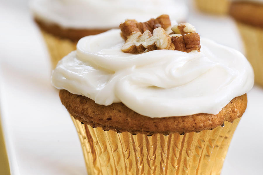 Thanksgiving Menus: Sweet Potato-Pecan Cupcakes with Cream Cheese Frosting Recipes