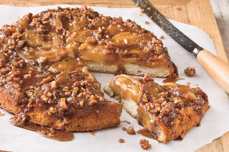 Cast Iron Skillet Recipes: Upside-Down Caramelized Apple Cake