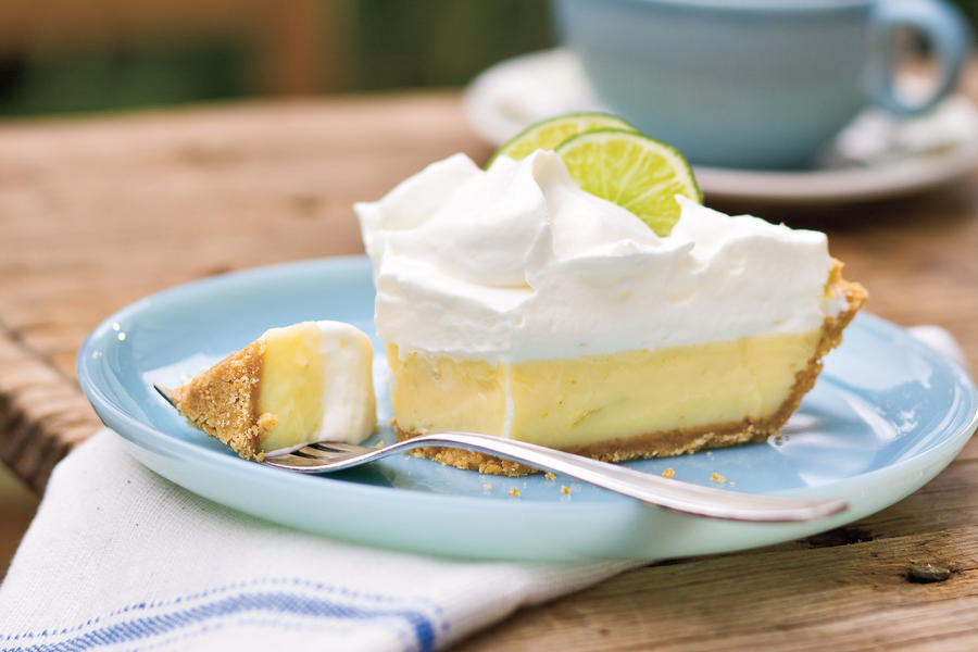 heavenly key lime pie 6 8 recipe heavenly key lime pie this pie is ...