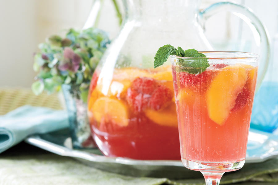 Quick and Easy Summer Party Menu: Carolina Peach Sangria
