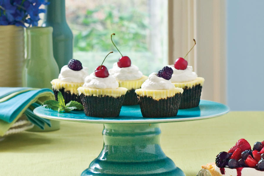 Cupcake Recipes: Chocolate-Key Lime Cupcake Pies