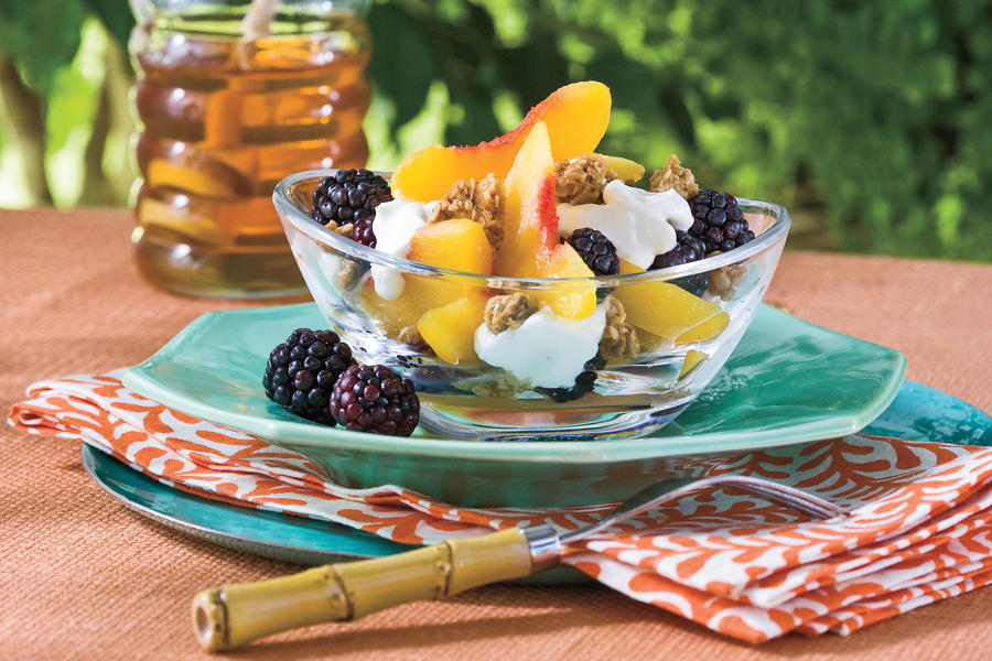 Healthy Food Recipe: Peach-Blackberry-Yogurt Fruit Cups