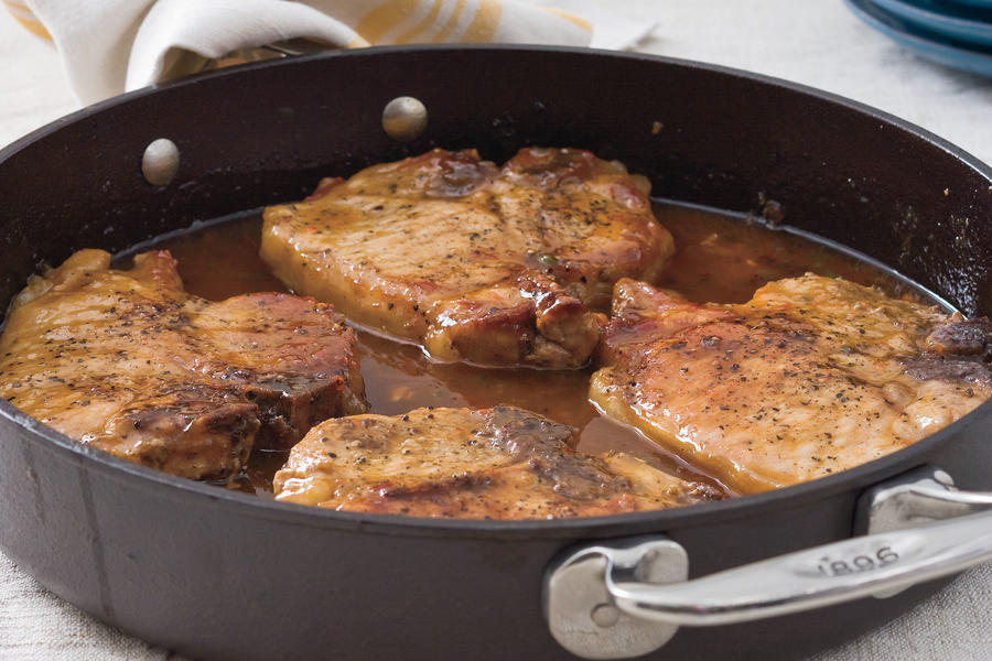 Cast Iron Skillet Recipes: Pork Chops with Pepper Jelly Sauce