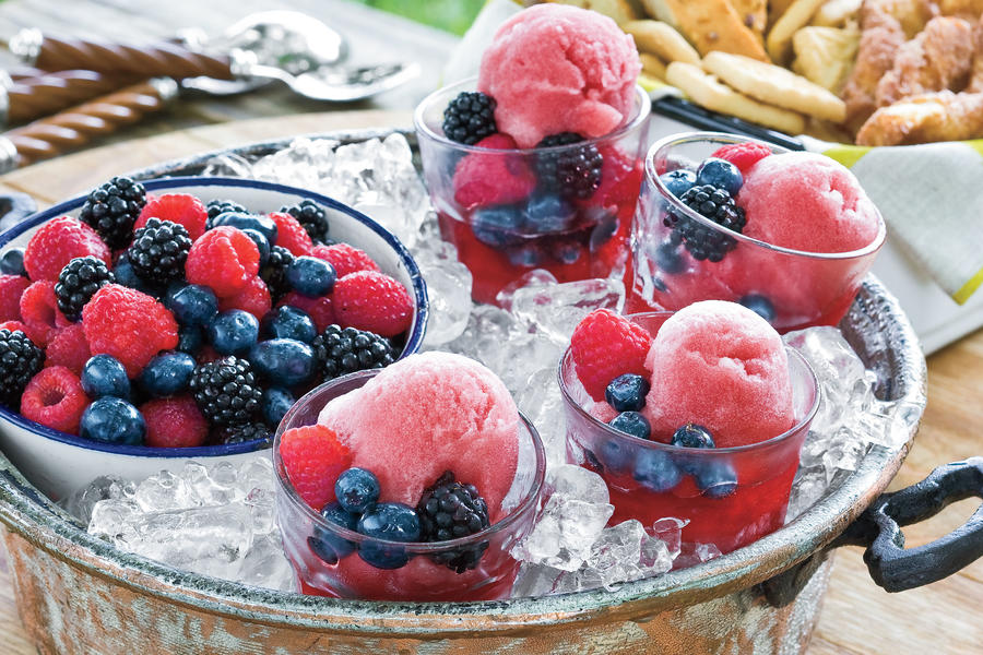 Summer Peach Recipes: Blackberry Wine Sorbet