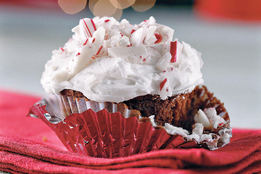 Cupcake Recipes: Chocolate-Peppermint Candy Cupcakes
