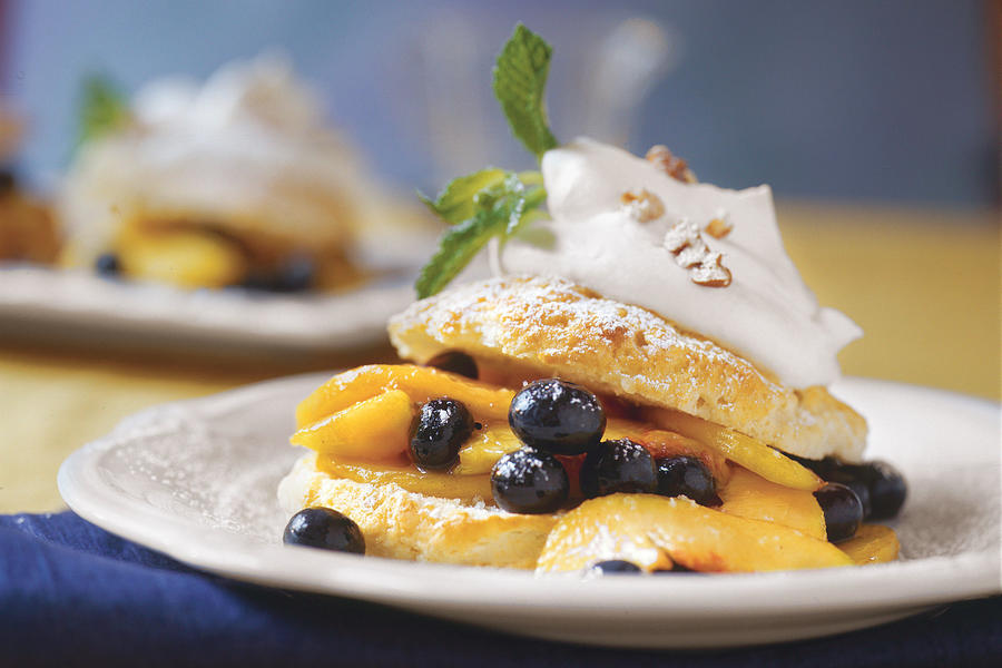 Summer Peach Recipes: Southern Peach-and-Blueberry Shortcakes