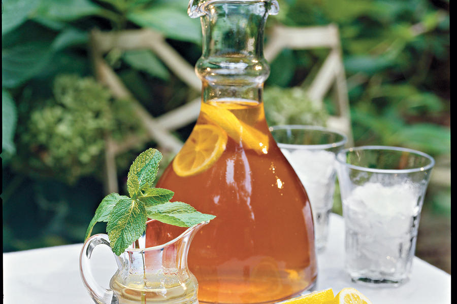 Punch and Cocktail Summer Drink Recipes: Marian's Iced Tea
