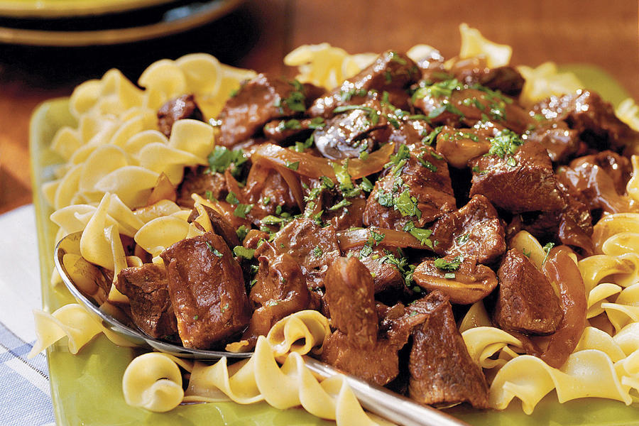 Slow Cooker Recipes: Beef With Red Wine Sauce Recipes