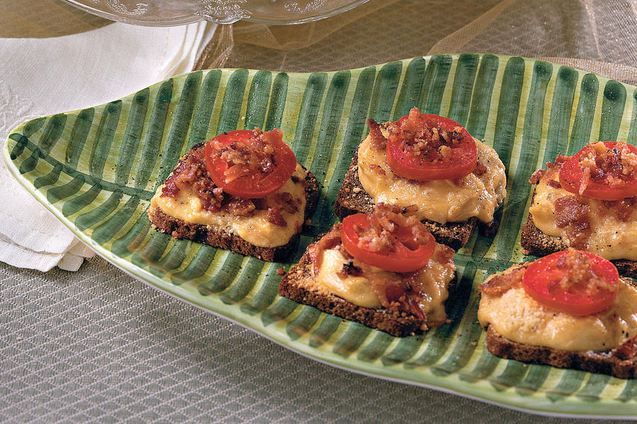 baby hot browns kentucky derby recipes southern living