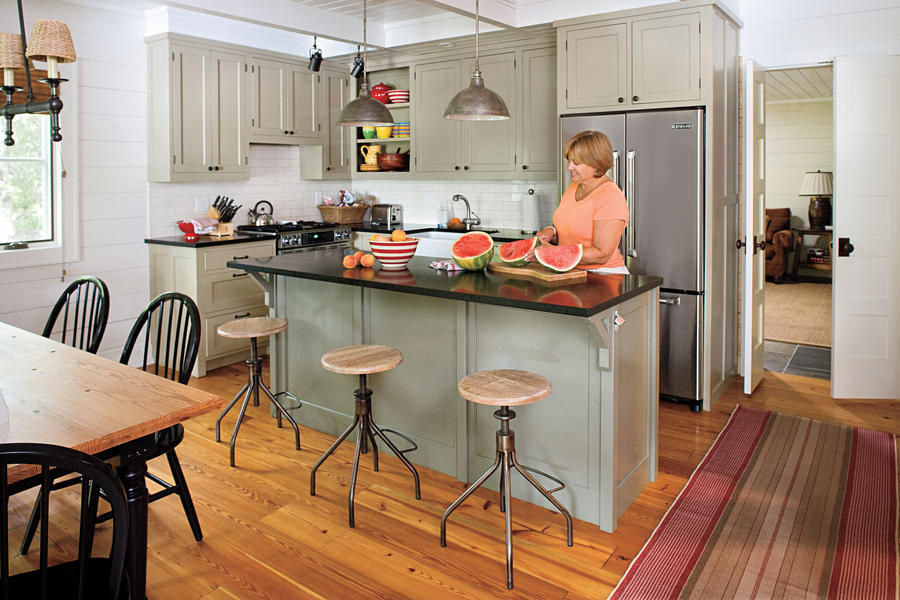 Lakeside Cabin Makeover: Kitchen: After