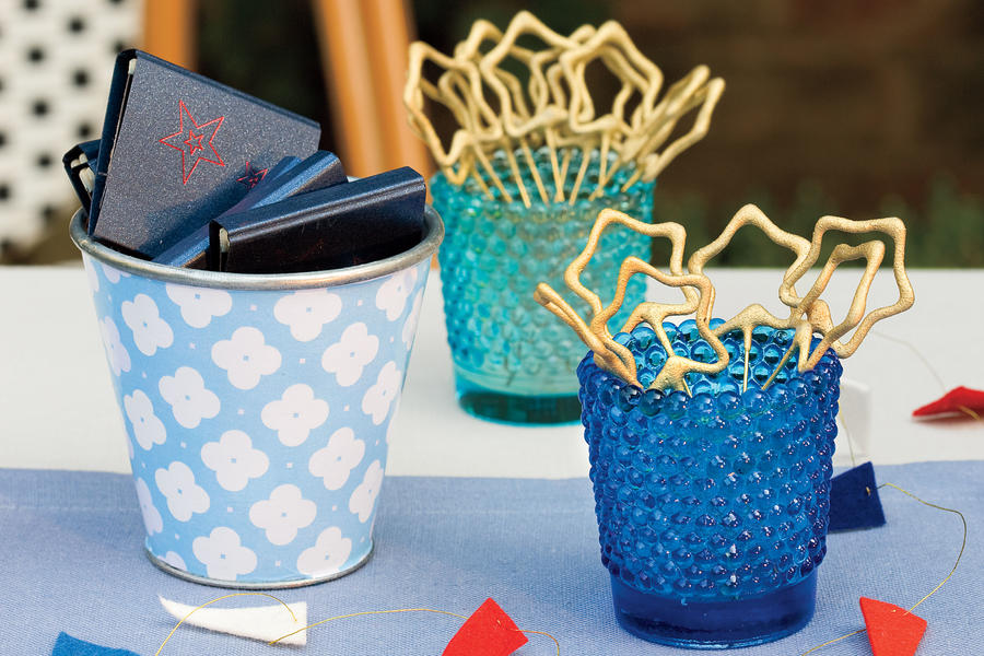 An All-American Party: Display Sparklers and Matches
