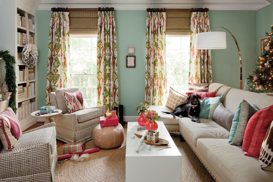Use durable upholstery fabric 106 living room decorating for Southern living decorating ideas living room