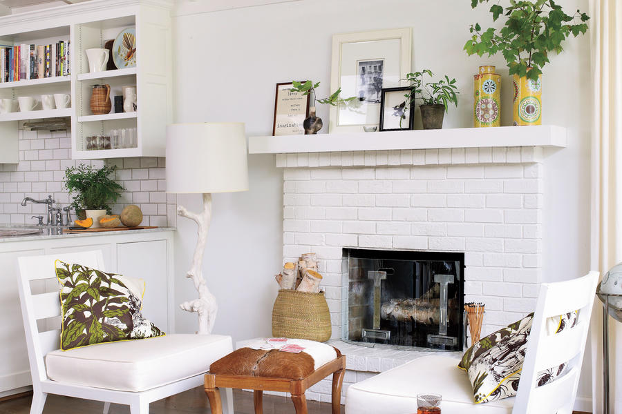Curate a Rotating Mantle Display