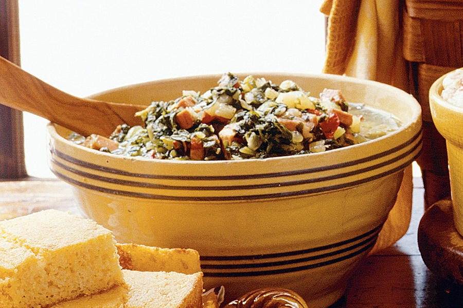 Quick and Easy Southern Recipes: Turnip Greens Stew