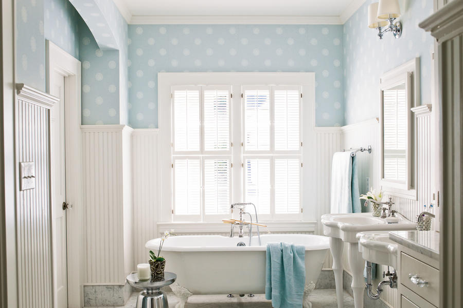 65 calming bathroom retreats southern living for Bathroom decor 2012