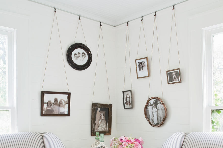 Use Picture Molding