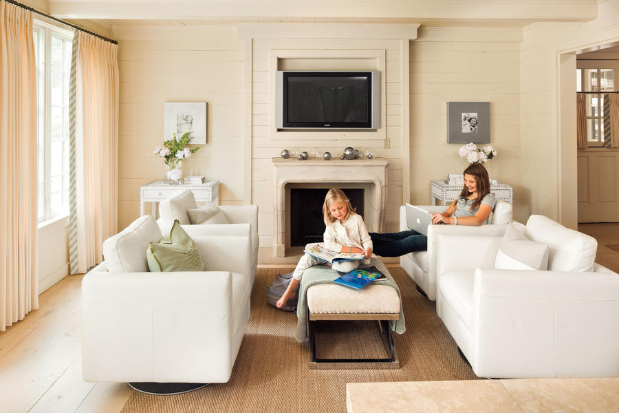 Use Flexible Furniture in a Great Room