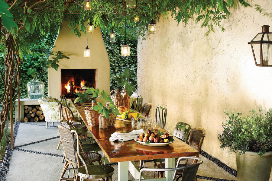 Inviting Patio Pergola
