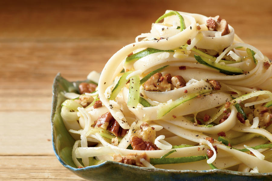 Fettucine with Zucchini and Pecans