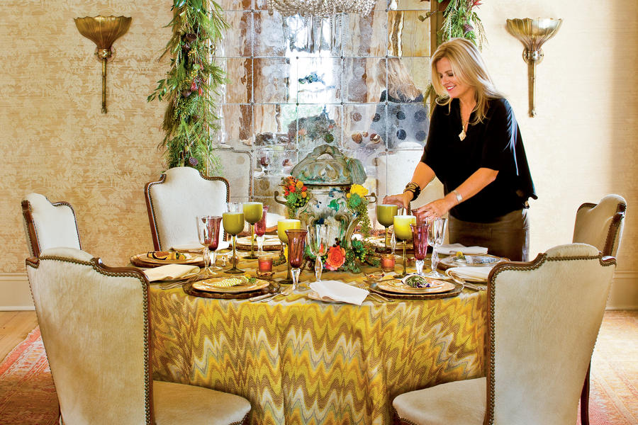 New Orleans-Style Table