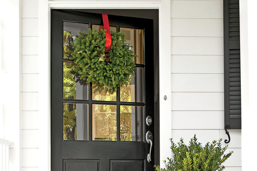 Farmhouse Detail: Oversize Front Door