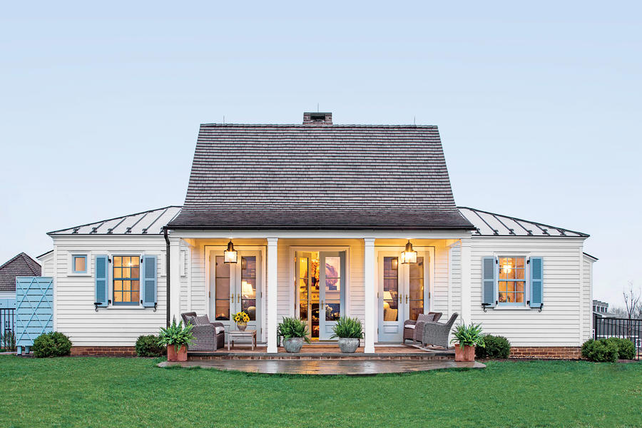 The genteel cottage the art of living small southern for House plans with guest houses southern living
