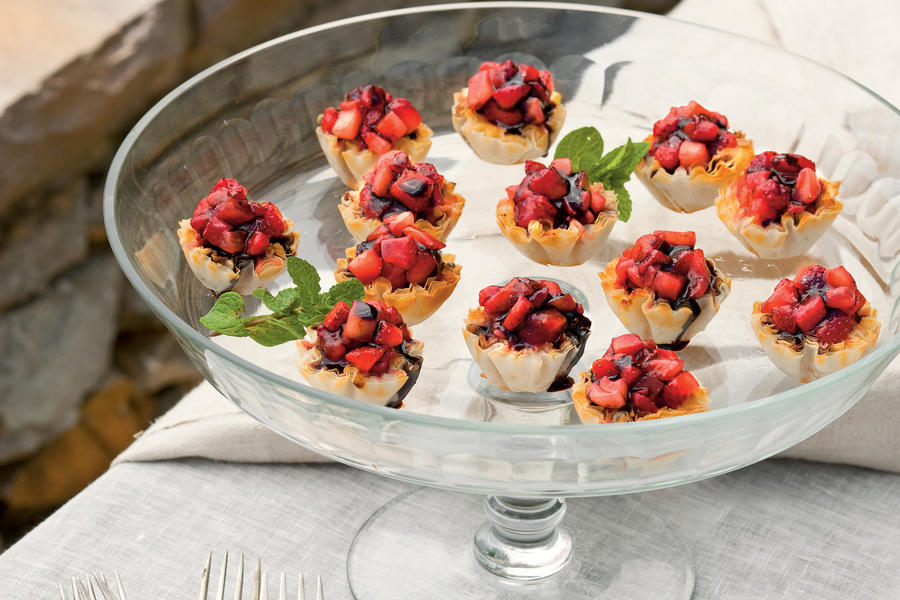 Strawberry-Fromage Blanc Tartlets