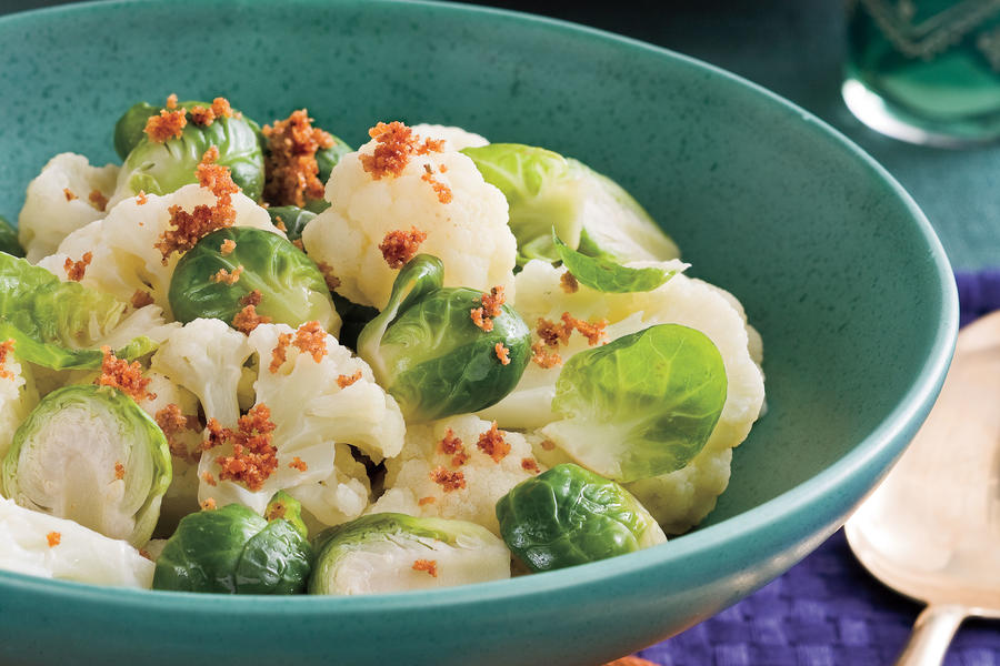 Crumb-Topped Brussels Sprouts and Cauliflower