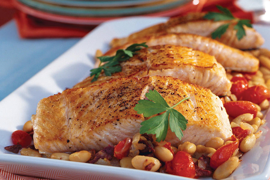 Mediterranean salmon with white beans quick and easy for Mediterranean fish recipes