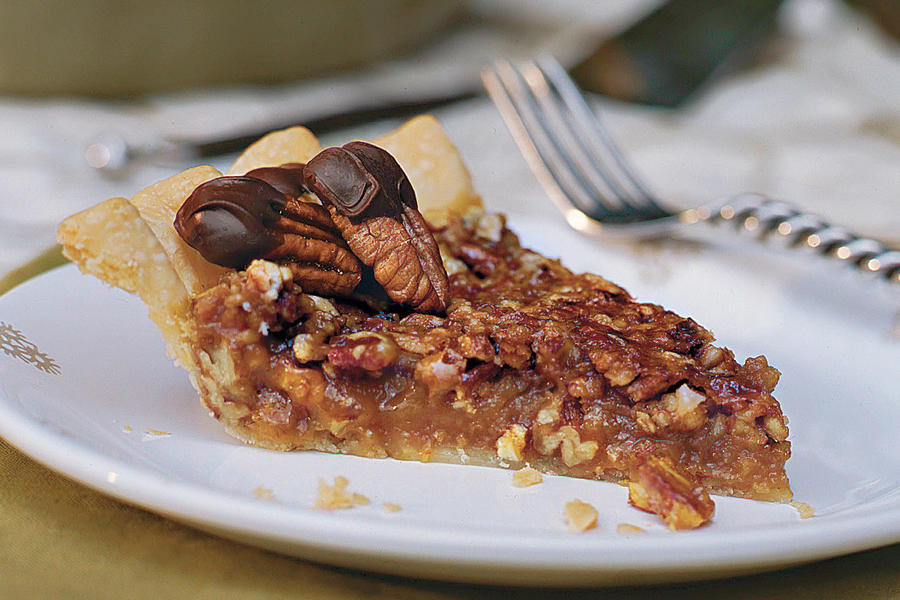 Pecan Recipes: Caramel-Pecan Pie