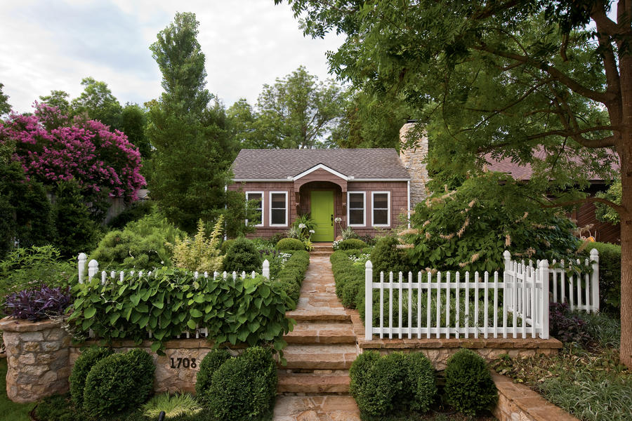 Landscaping cottage style home