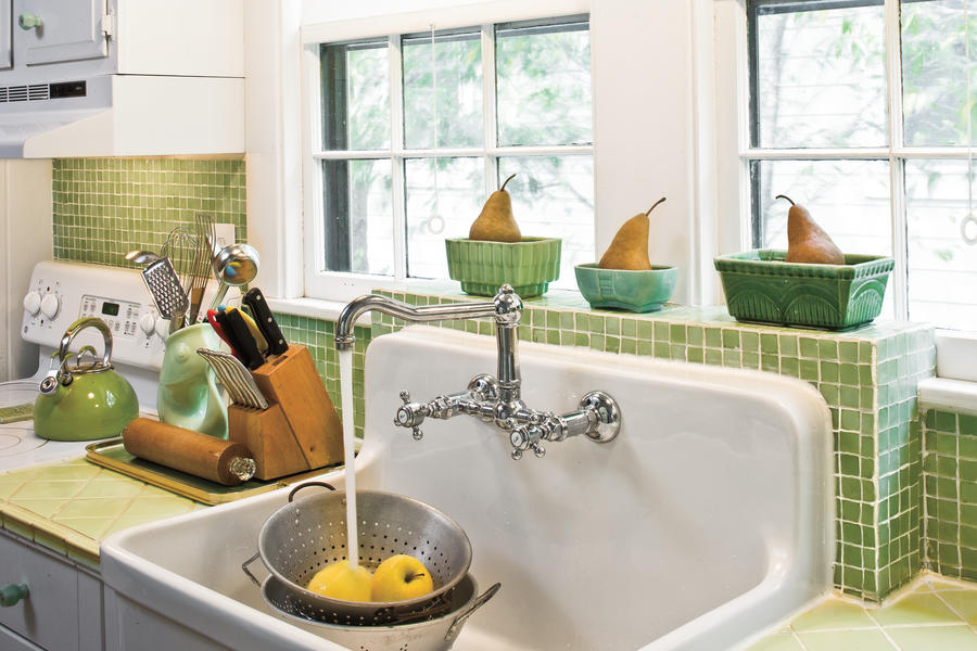 Shallow Depth Farmhouse Sink : Farmhouse Sink - Create a 1930s-Style Kitchen - Southern Living