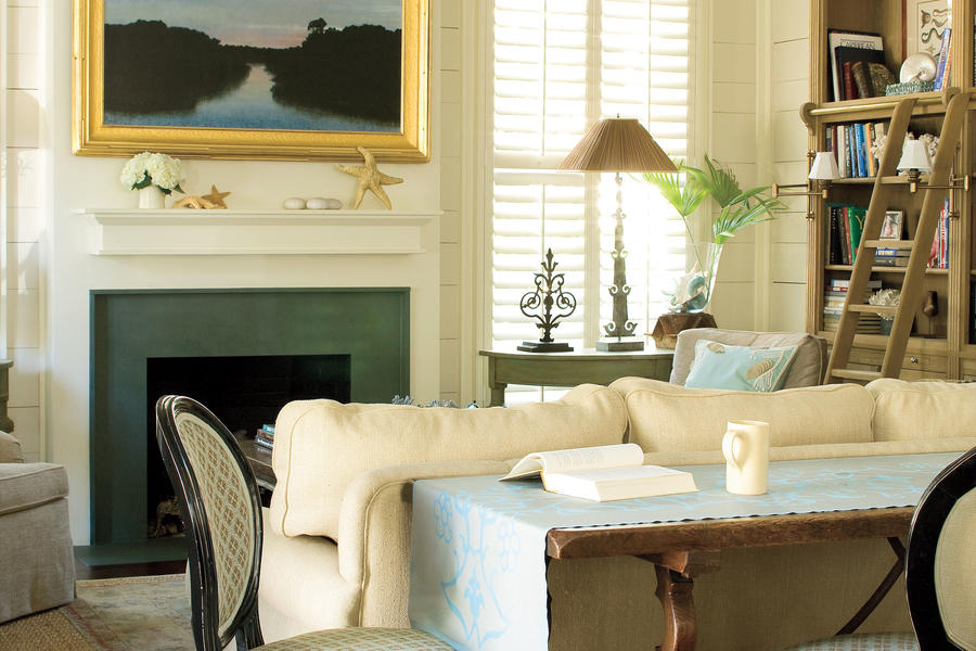 Nautical Coastal Home Decor: A Touch of Blue