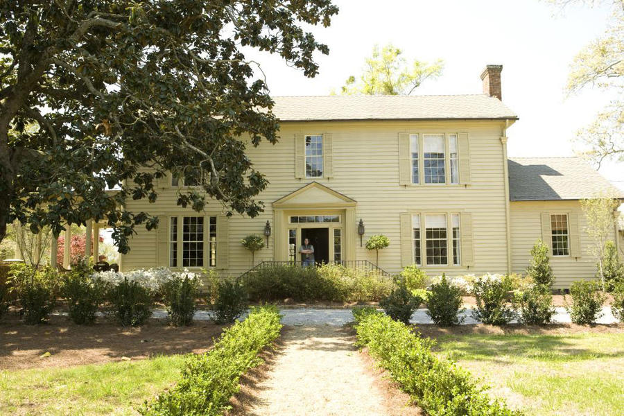 Home Restorations: 19th Century Farmhouse
