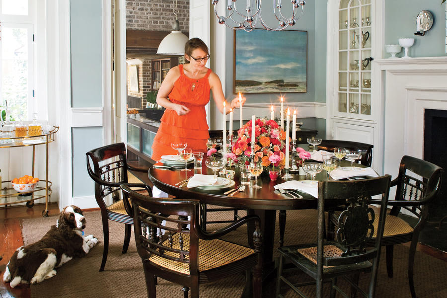 Charleston Home Dining Room: Filled With Southern Hospitality