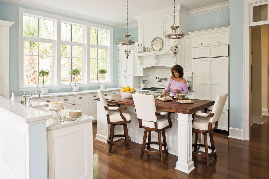 Style meets function kitchen inspiration southern living for Southern kitchen design