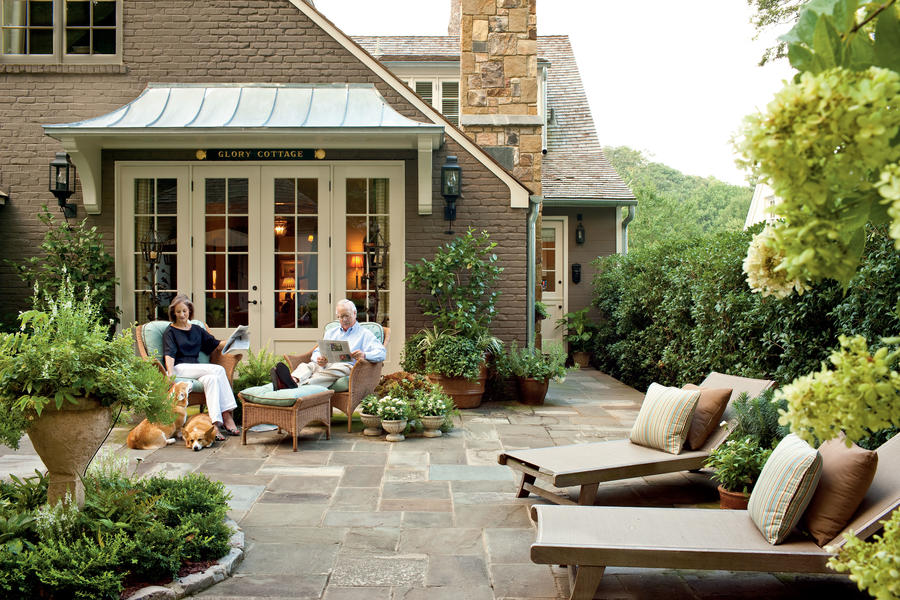courtyard after cape cod cottage style decorating ideas southern