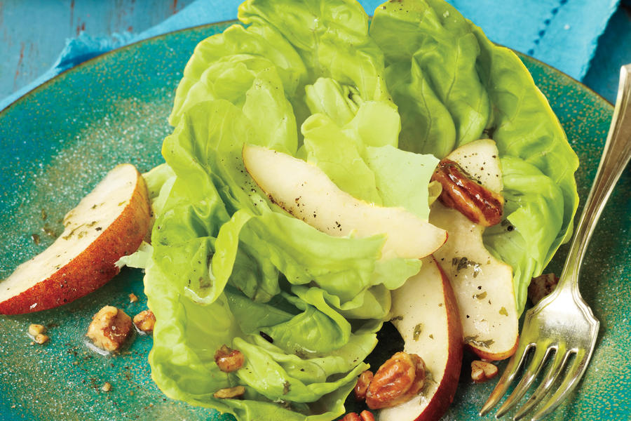 Leafy Greens Salad with Pears