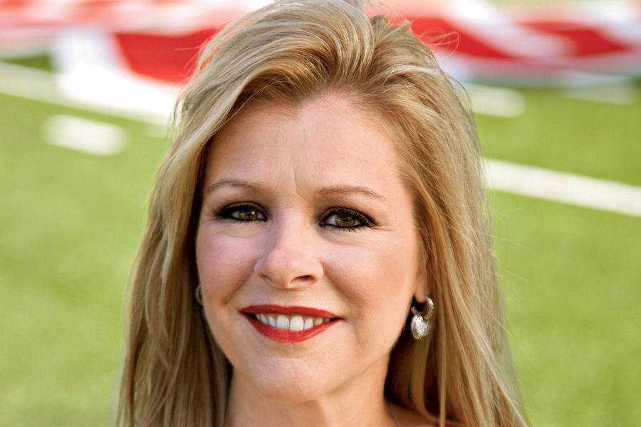 Leigh Anne Tuohy Stylish Game Day Clothes Leigh Anne