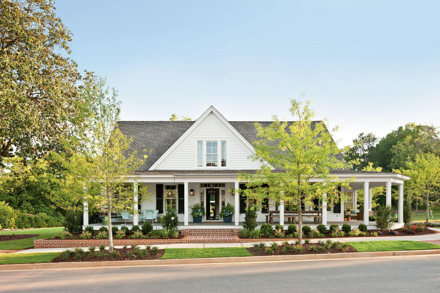 Farmhouse Restoration Charming Home Exteriors Southern Living