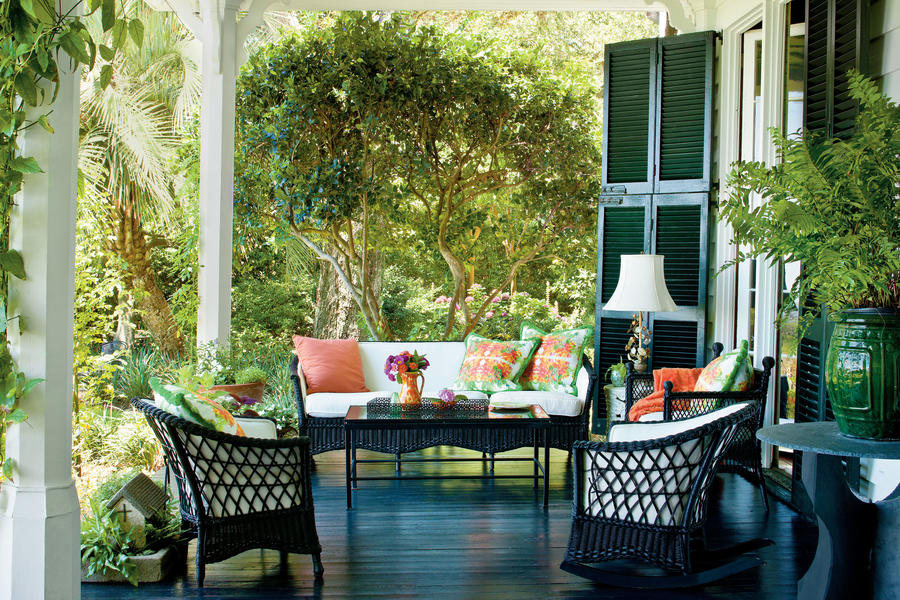 Charming Southern Front Porch - Porch and Patio Design ... on Southern Outdoor Living id=47733