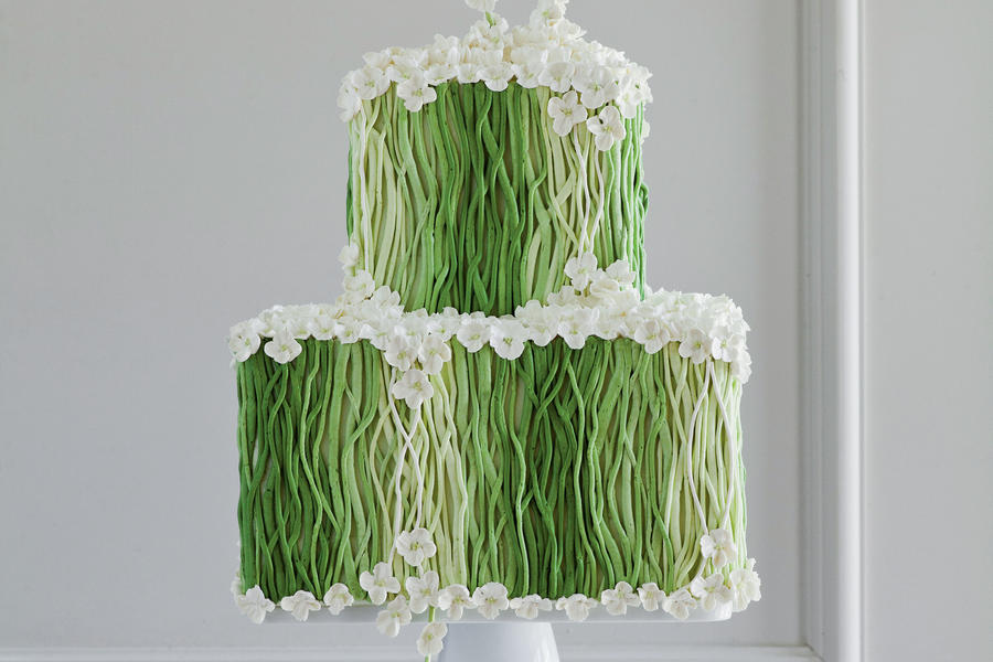 Spring Greens Wedding Cake
