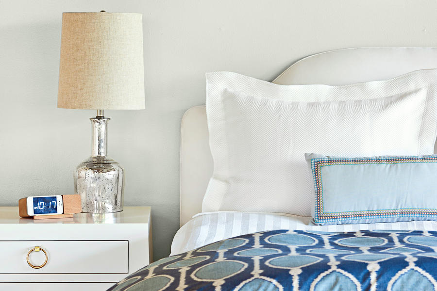 Organic & Modern Bedroom Makeover