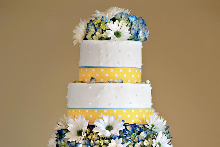 Polka-Dot Wedding Cake