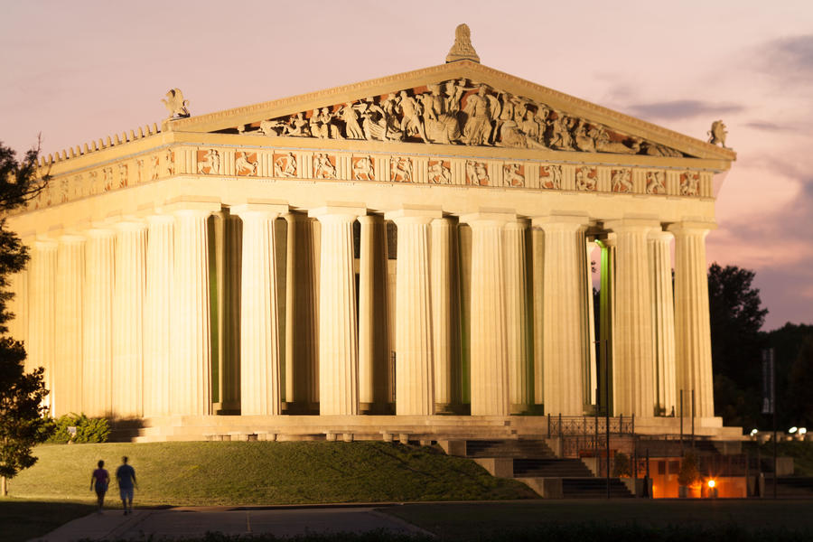 Nashville Sightseeing: The Parthenon