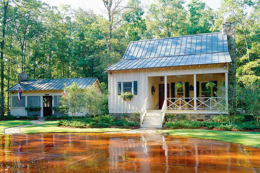 Strange 21 Tiny Houses Southern Living Largest Home Design Picture Inspirations Pitcheantrous