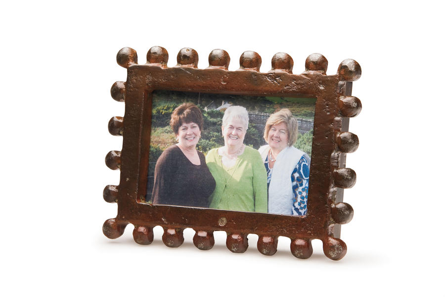 Cabin and Cottage Decorating Accessories: La Reyna Frame