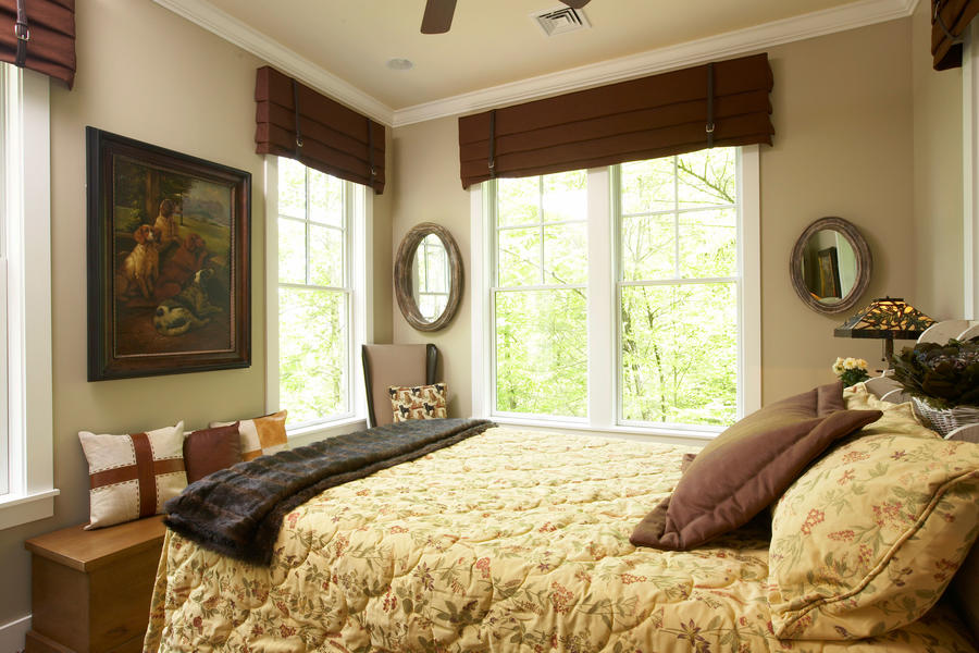 Stay awhile a mountain getaway cottage in asheville for Bedroom window styles