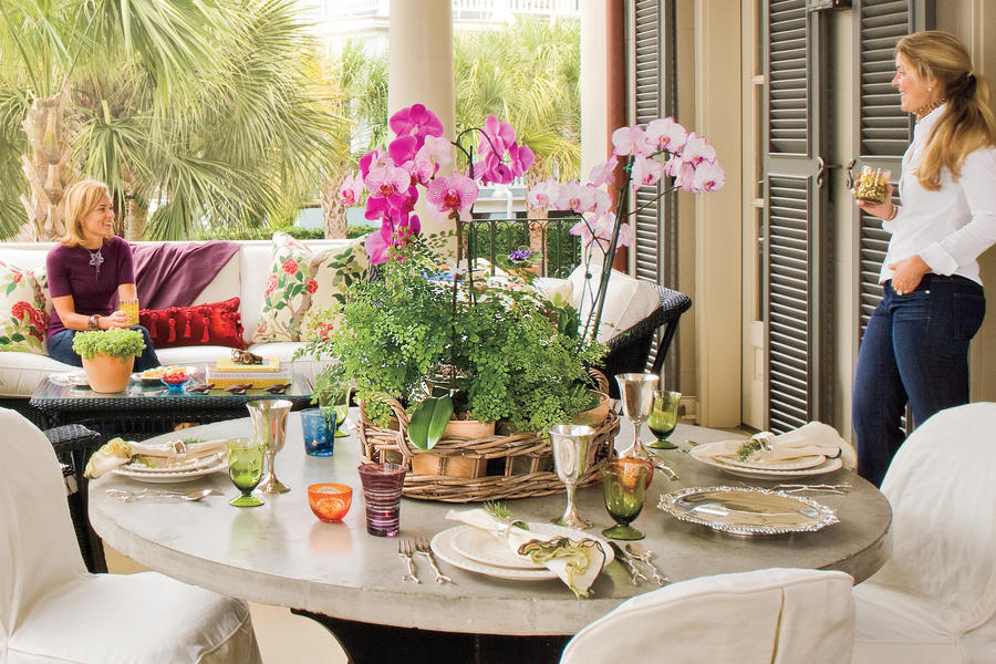 Charleston Home Piazza: Connect to the Garden